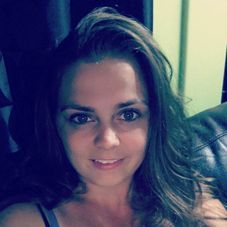 Emma from Minneapolis | Woman | 32 years old