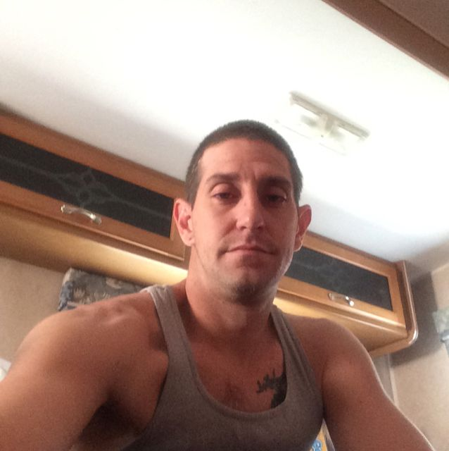Ethan from Bismarck | Man | 25 years old