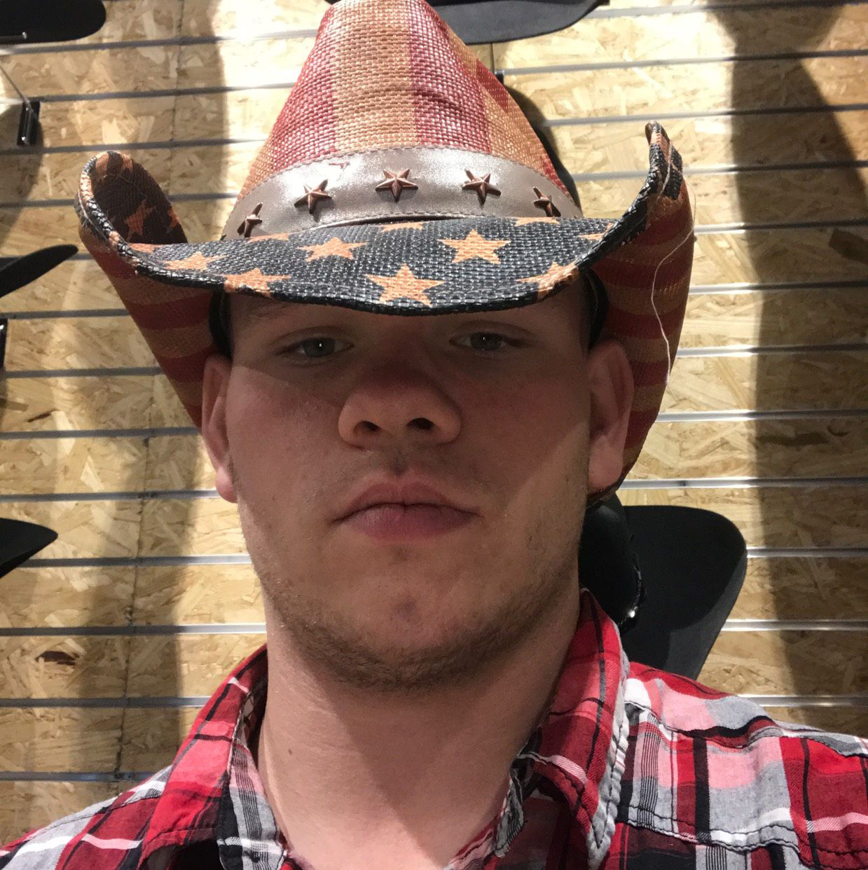 Luke from Commerce City | Man | 21 years old