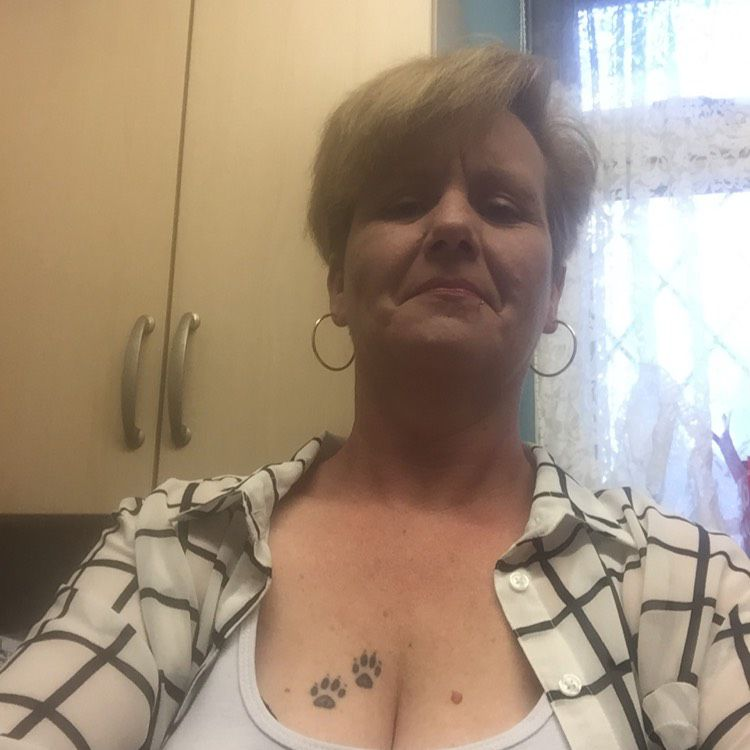 Layla from Hartsville | Woman | 36 years old