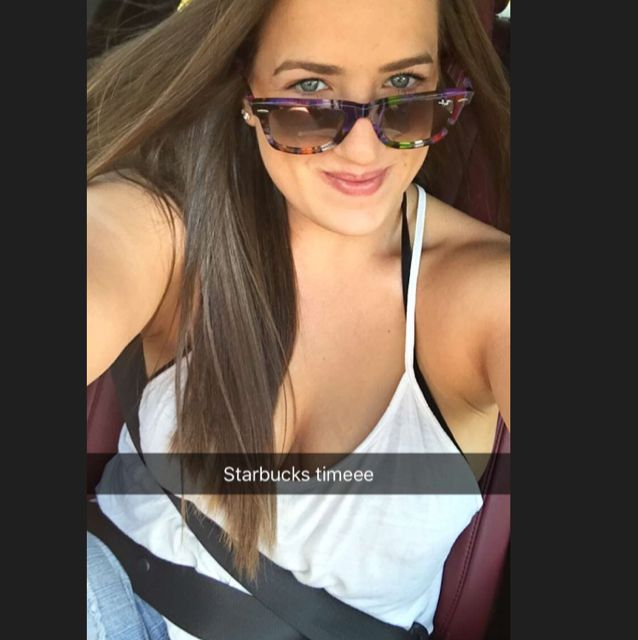 Lily from West Palm Beach | Woman | 19 years old