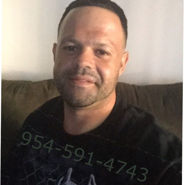 Elijah from Fayetteville | Man | 48 years old