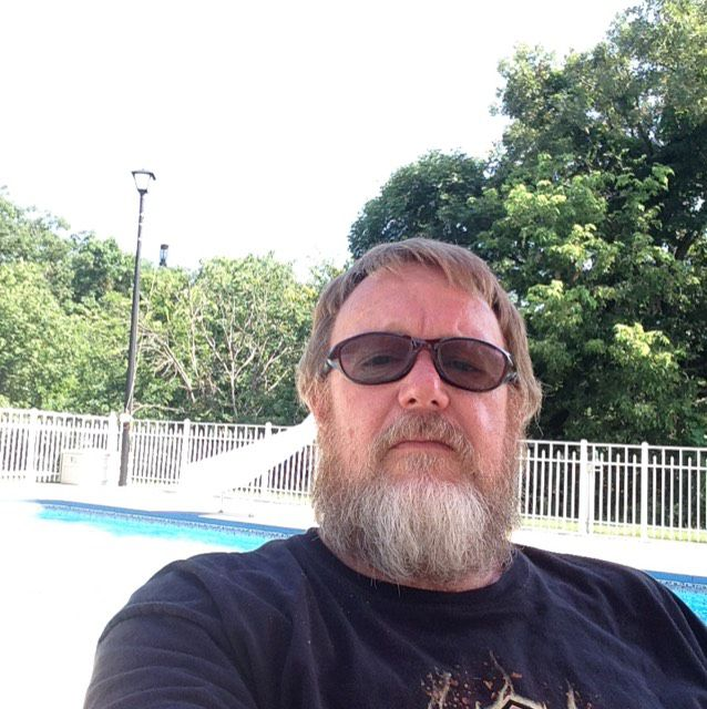Wyatt from Beaumont | Man | 70 years old