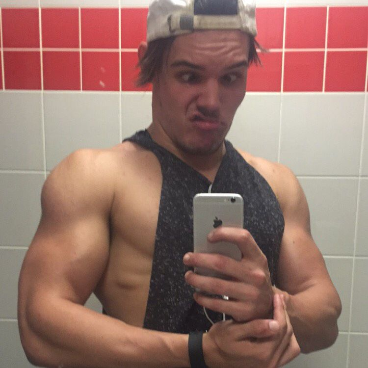 Jack from Akron | Man | 21 years old