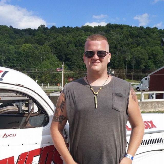 Wyatt from Fort Wayne | Man | 45 years old