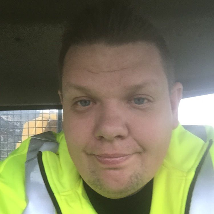 Liam from Anchorage   Man   40 years old