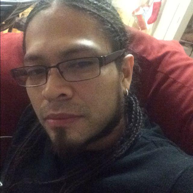 Levi from Geneva   Man   25 years old