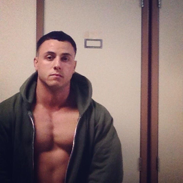Noah from Blue Springs   Man   29 years old