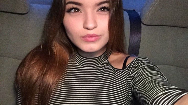 Layla from Medford   Woman   19 years old