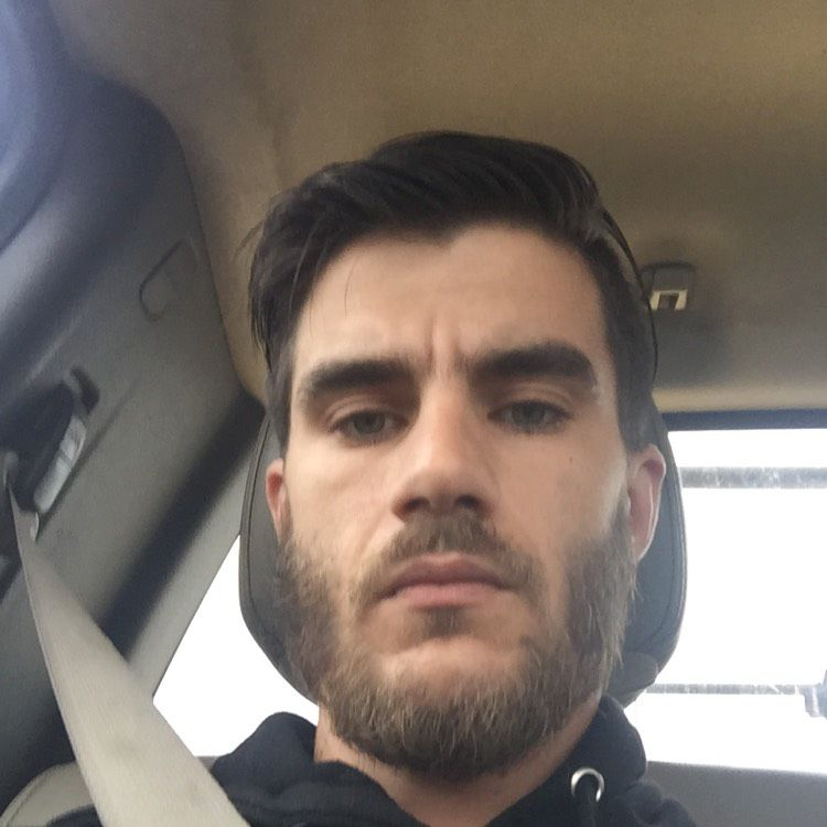 Henry from New Albany | Man | 34 years old