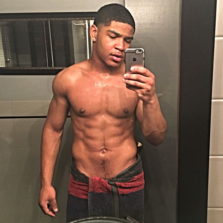 Isaac from Manitowoc | Man | 21 years old