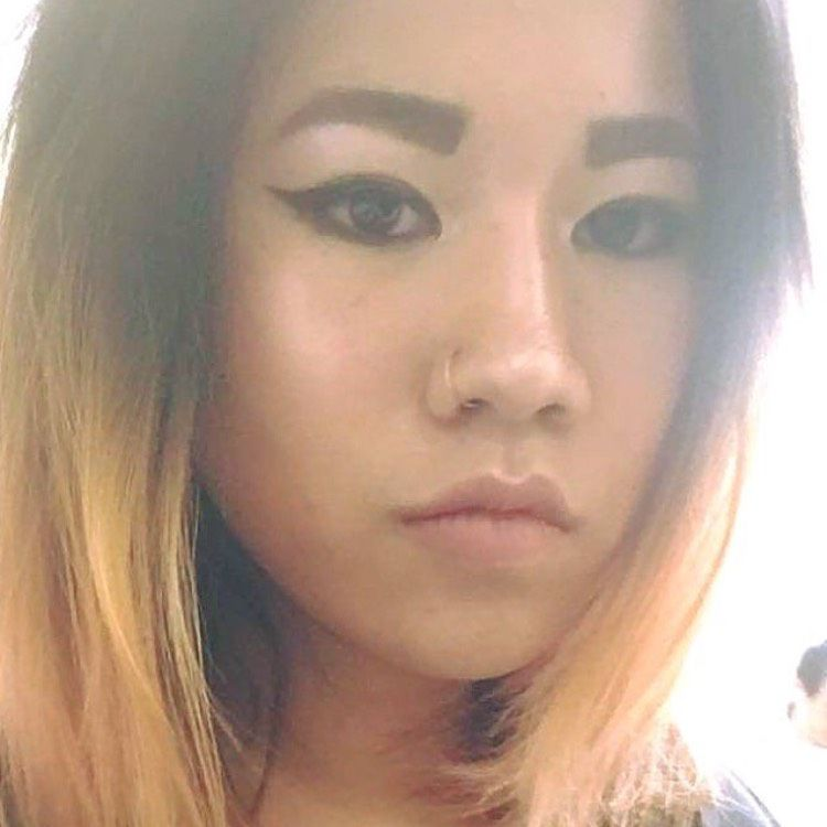 Lily from Hemet   Woman   33 years old
