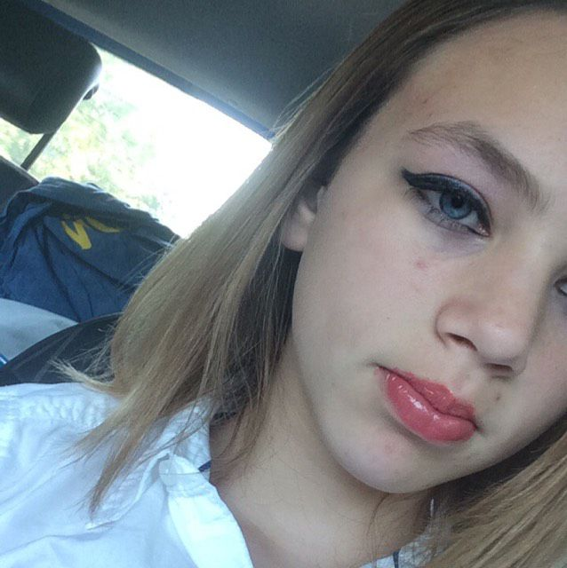 Elizabeth from Mesa   Woman   23 years old