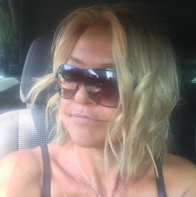 Zoe from Melville | Woman | 32 years old