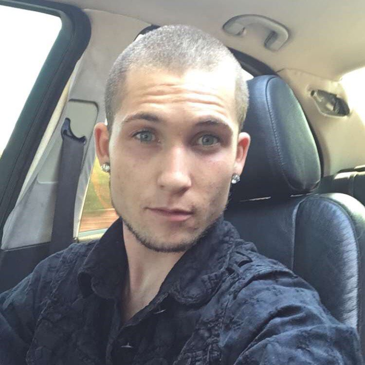 Jackson from Deer Park | Man | 22 years old