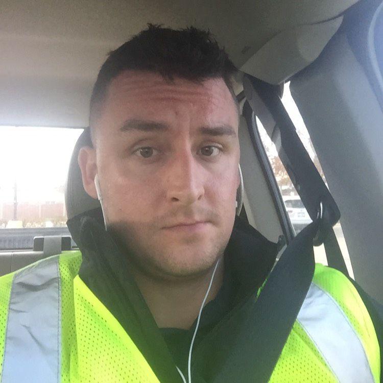 Julian from Bellevue | Man | 41 years old
