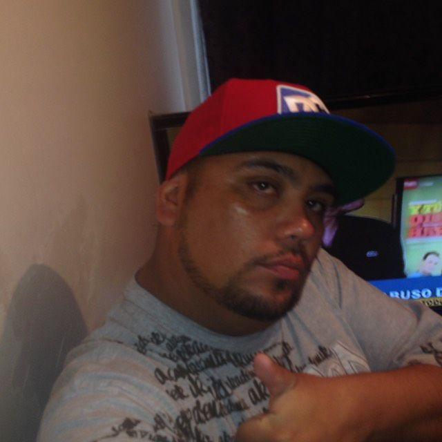 Isaiah from Hammonton | Man | 23 years old