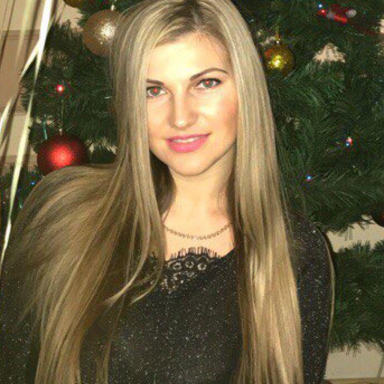 Kinsley from Cedartown   Woman   21 years old
