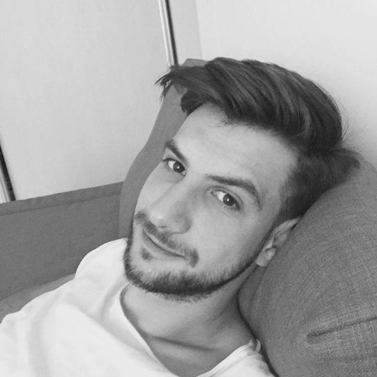 Owen from Venice | Man | 22 years old