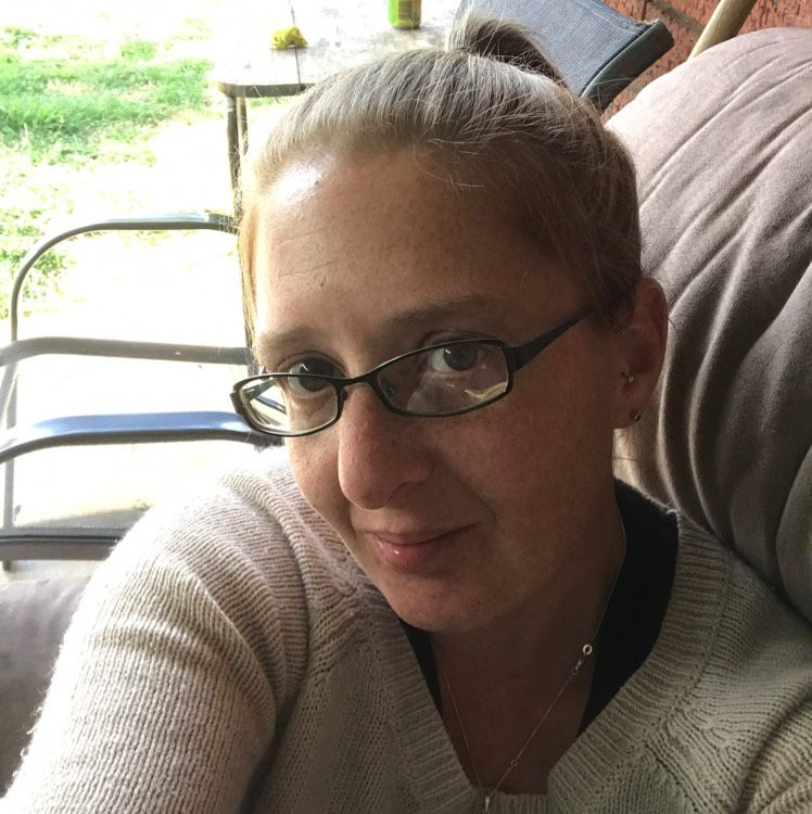 Emma from Charlotte | Woman | 41 years old