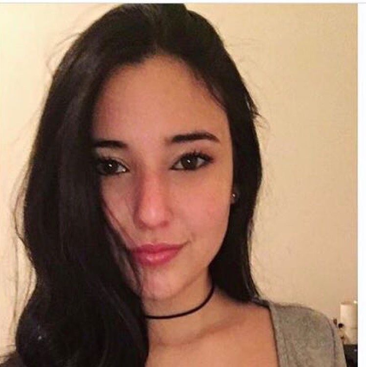 Hannah from Waterloo | Woman | 21 years old