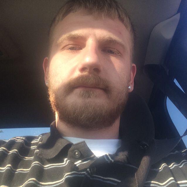 Lucas from Pasadena | Man | 27 years old