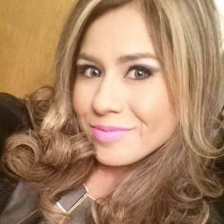 Ella from Dallas   Woman   28 years old