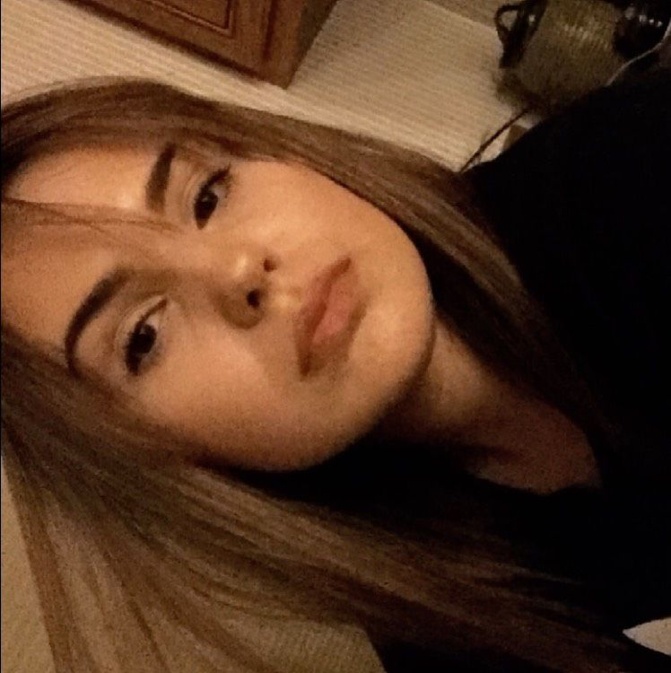 Ava from Sacramento | Woman | 19 years old