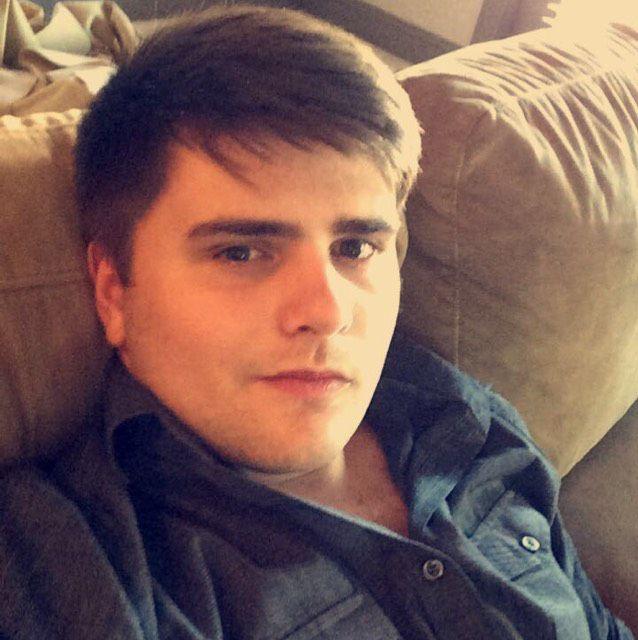 Sebastian from Islip   Man   22 years old
