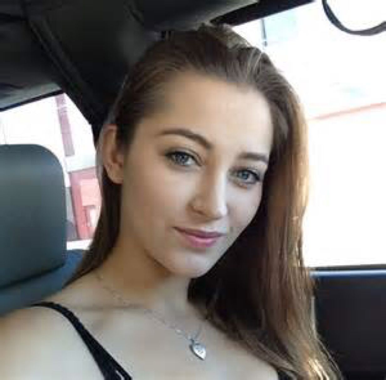 Lily from Manchester | Woman | 22 years old
