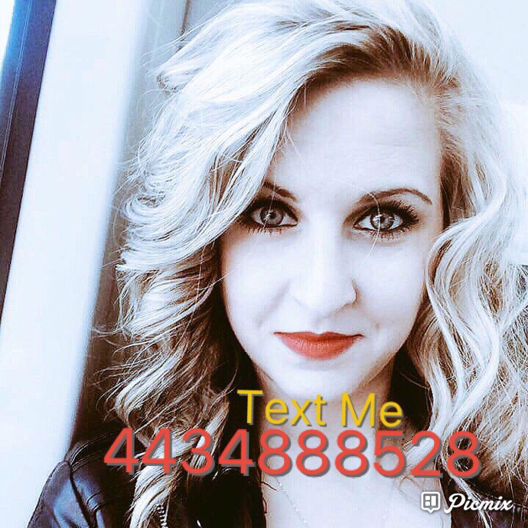 Aubrey from Santa Clarita | Woman | 35 years old