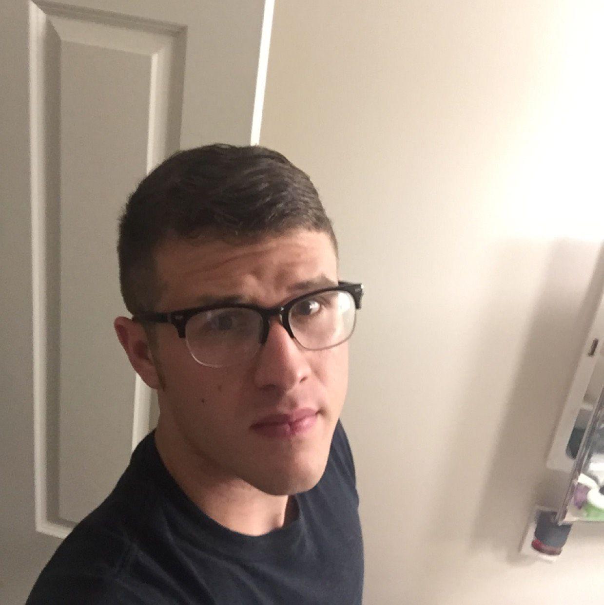 Jayce from Pleasanton | Man | 21 years old