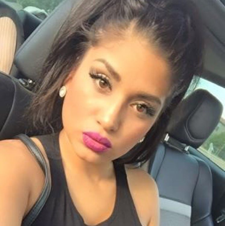 Eliana from Copiague | Woman | 25 years old