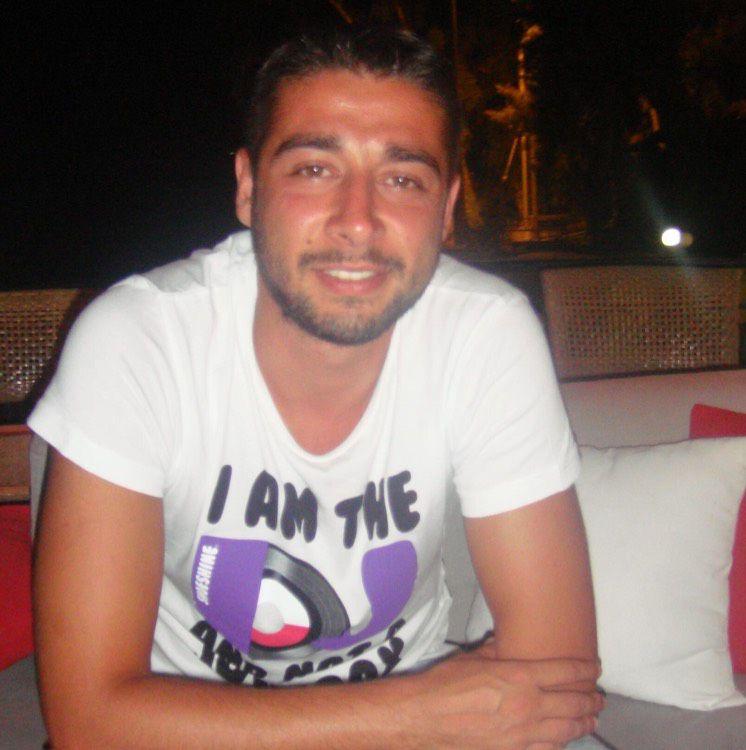 Julian from Douglas | Man | 27 years old