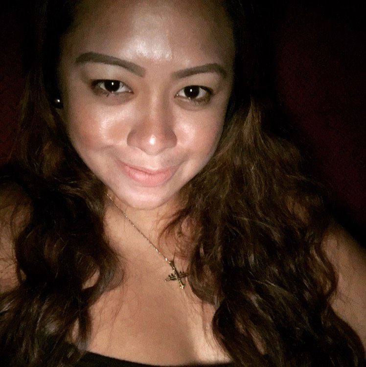 Leah from Fairbanks | Woman | 27 years old