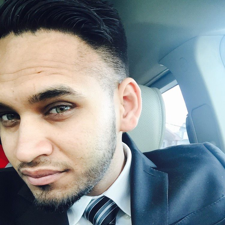 Julian from Miami Gardens | Man | 26 years old