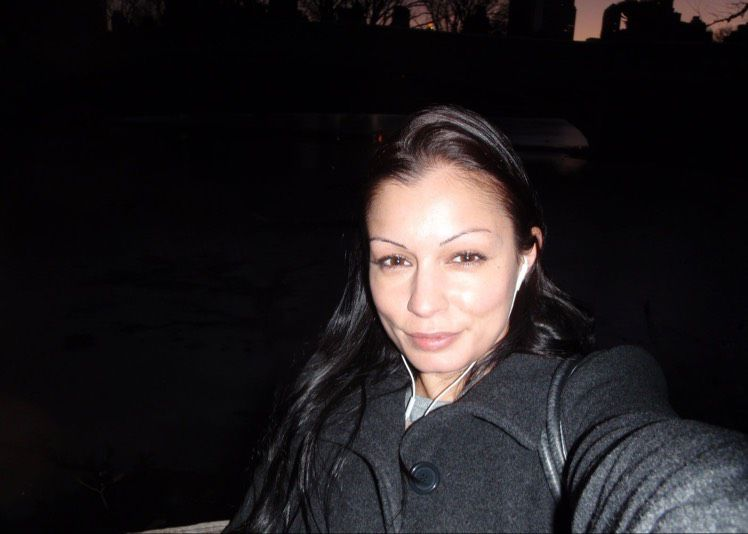 Mia from Orange   Woman   32 years old