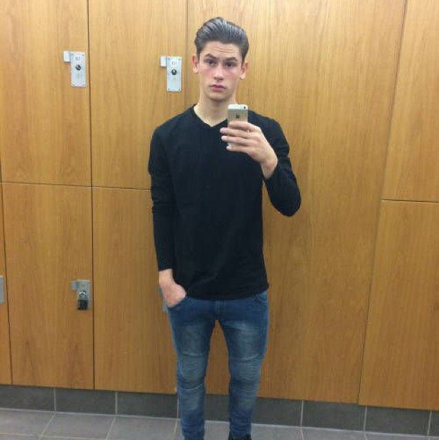 Oliver from Carlsbad   Man   21 years old