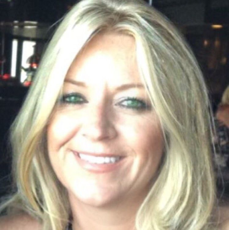 Olivia from Newcastle   Woman   34 years old