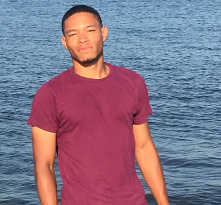 Sebastian from Pacifica | Man | 22 years old
