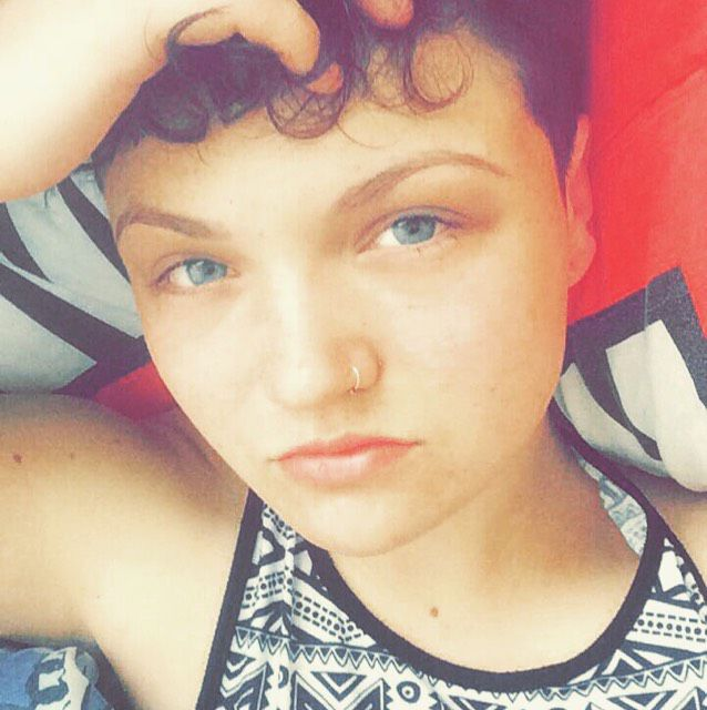 Zoe from Santee | Woman | 22 years old