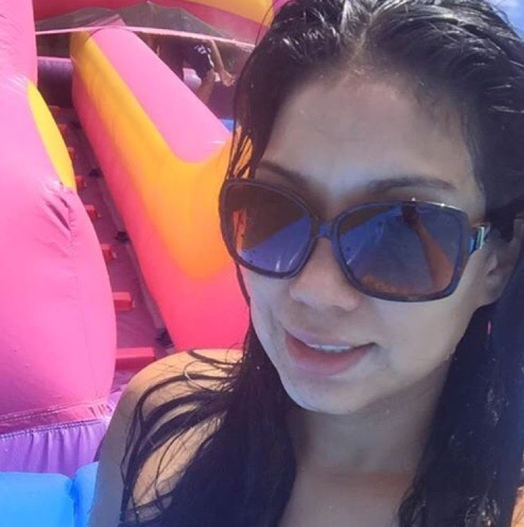 Amelia from Newport Beach   Woman   34 years old