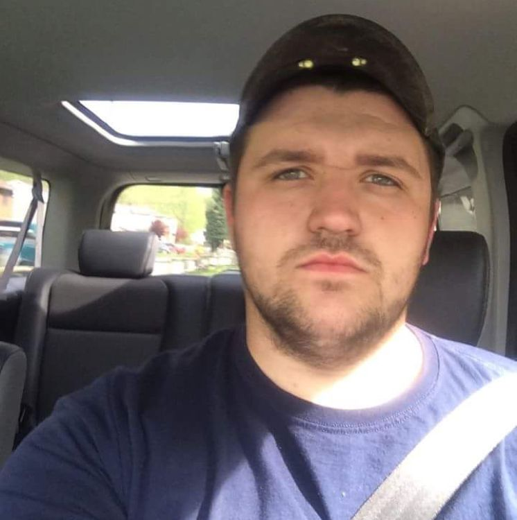 Isaiah from Arden Hills | Man | 28 years old