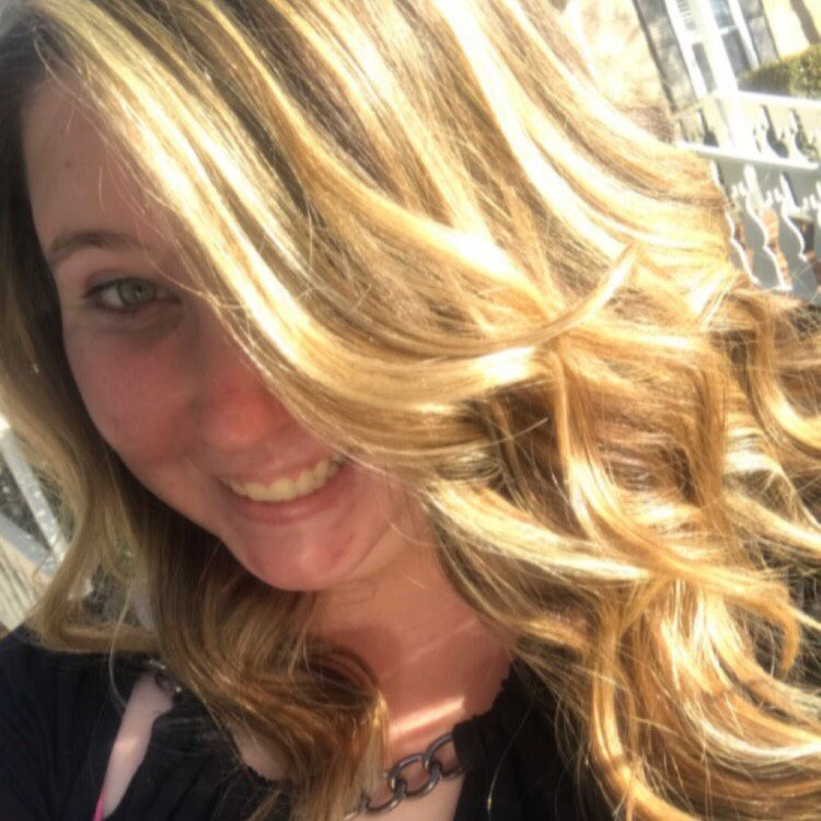 Amelia from Painesville | Woman | 38 years old