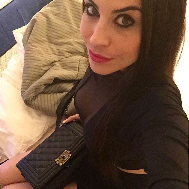 Olivia from Delhi | Woman | 32 years old