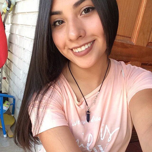 Abigail from Burlington   Woman   28 years old