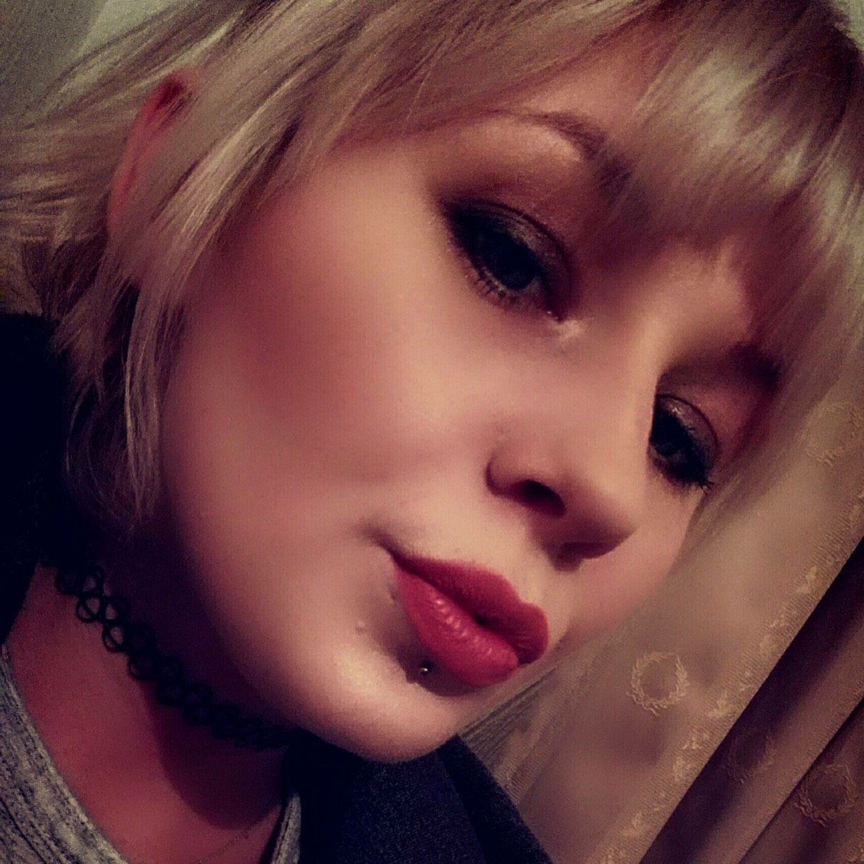Emily from View Park-Windsor Hills   Woman   25 years old