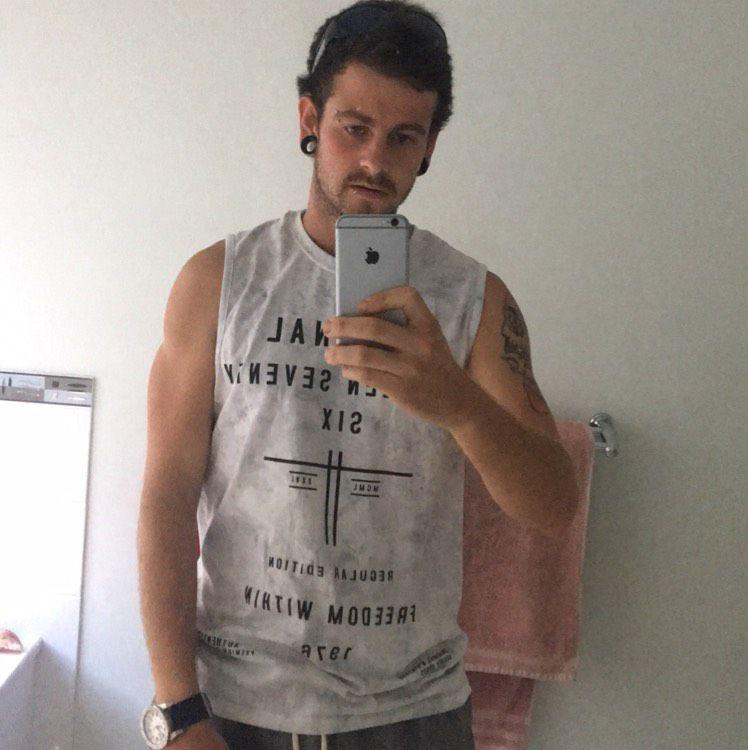 Ryan from East Massapequa | Man | 23 years old