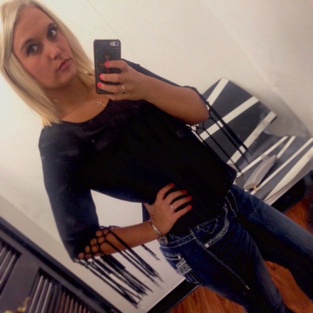 Maya from Saint Andrews   Woman   29 years old