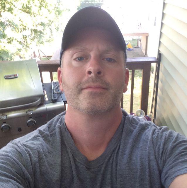 Logan from Pico Rivera   Man   41 years old